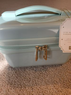 Pottery barn hard case beautiful makeup travelled for Sale in Phoenix, AZ
