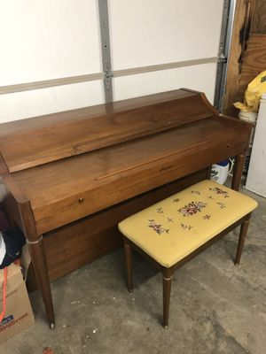 Beautiful Piano for sale!! for Sale in Lexington, KY
