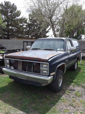 Chevy blazer 84 for Sale in Phoenix, AZ