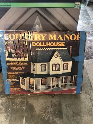 Dollhouse - antique? for Sale in Glendora, CA