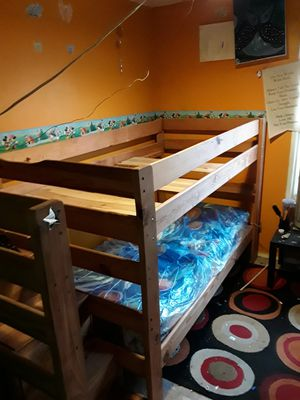 Twin Size Bunk Bed for Sale in Chicago, IL
