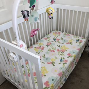 Crib for Sale in San Marcos, CA