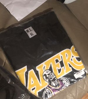Lakers Warren Lotas Lebron T for Sale in Long Beach, CA