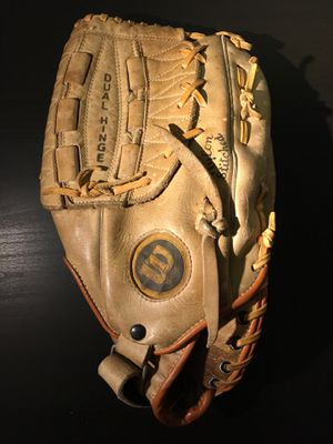 Wilson A2234 Baseball Glove for Sale in Baltimore, MD