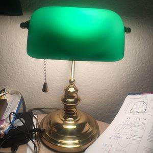 Antique vintage Mid century Art Deco Authentic -UNDERWRITER LABORATORIES -desk lamp with green glass adjustable shade for Sale in Delray Beach, FL