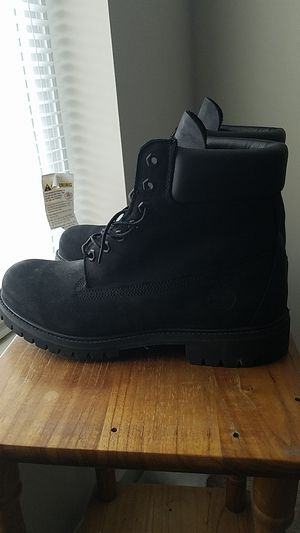 Black Tim's mens 9 1/2 for Sale in St. Louis, MO