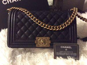 Chanel Boy Bag, medium, black caviar leather for Sale in Orlando, FL