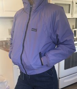 Vintage Womens Patagonia Fleece Lined Coat Size 9/10 Fits Like A Womens XS for Sale in Puyallup,  WA