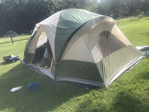Camping tent!!! for Sale in Romeoville, IL