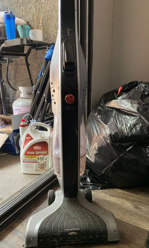 Mini battery Hoover vacuum for Sale in Norco, CA