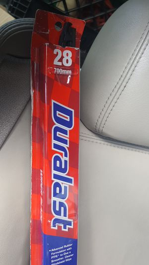 28 inch Duralast windshield wipers for Sale in San Diego, CA