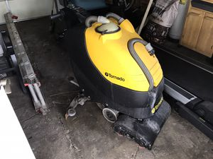 Tornado BR 18/11 Walk-Behind Floor Scrubber - Demo Unit With 4Hrs Extra Brushes for Sale in Hamtramck, MI