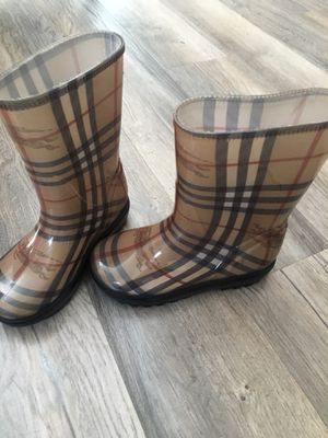 Burberry rain boots size 11-12 for Sale in Troy, MI