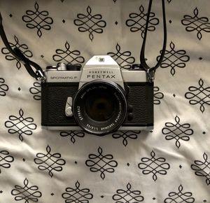 Pentax Spotmatic F Vintage 35mm film camera for Sale in El Centro, CA