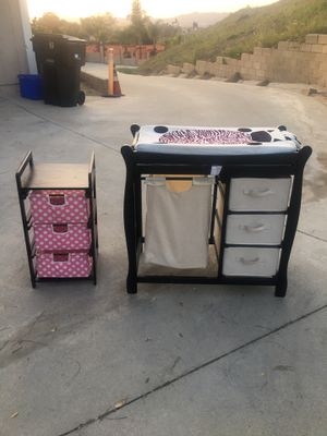 Very nice Changing table and organizing unit!!!! for Sale in Pomona, CA