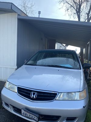 2002 honda oddesy clean title 🏡 for Sale in Ceres, CA