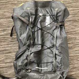 Thule Stir 35 hiking day backpack for Sale in South Salt Lake, UT