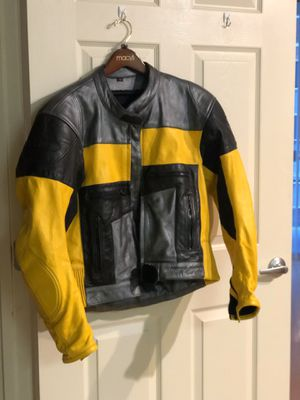 Like NEW leather motorcycle jacket for Sale in Vienna, VA