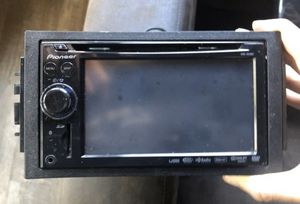 pioneer avic-x910bt DVD CD player blu toothand navigation for Sale in Bensenville, IL