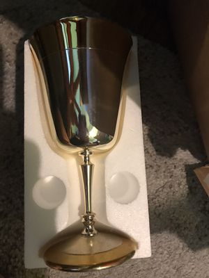5 Golden goblets for Sale in Dallas, TX