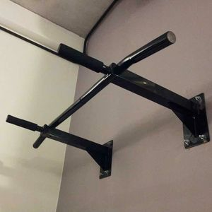 New in box 38 x 20 inch depth heavy duty wall mount pull up bar exercise chin up bar 440 lbs capacity for Sale in Montebello, CA