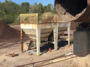 Feed Hoppers - 25 ton for Sale in Chesterfield, VA