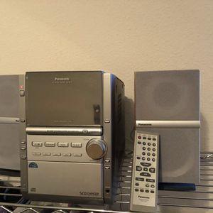 Panasonic 5 CD Changer Stereo System for Sale in Visalia, CA
