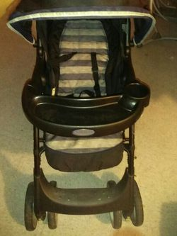 Black Graco Baby Stroller Baby Supplies, Large, One Seater,Cup Holder for Sale in Los Angeles,  CA