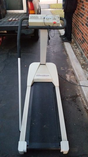 PRO-FORM EQUALIZER 6.0 TREADMILL for Sale in Tinley Park, IL