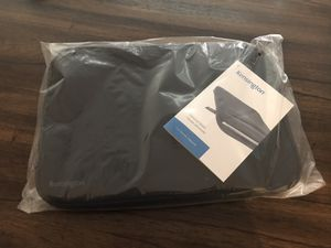 Universal 11.6 inch tablet iPad sleeve New for Sale in Phoenix, AZ