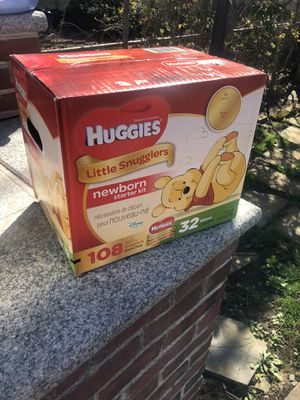 Huggies Little Snugglers Newborn Starter Kit for Sale in Valley Stream, NY