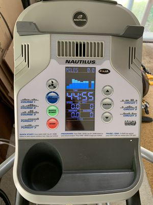 Nautilus E514c Elliptical Trainer for Sale in Bronxville, NY