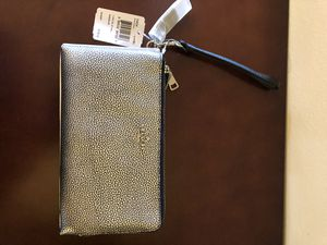 New with tags Coach wallet/wristlet for Sale in St. Peters, MO