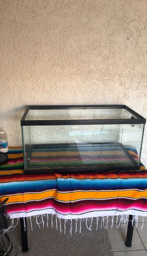 Aquarium + accessories!!!! for Sale in Hesperia, CA