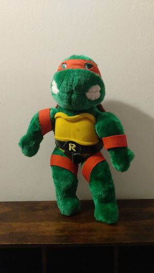 TMNT VINTAGE 80'S FIGURINE PLUSH DOLL TOY for Sale in Riverside, CA
