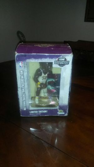 Shaquille O'Neal action figure for Sale in Dallas, TX