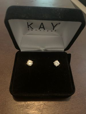 14K gold 1ct solitaire diamond earrings for Sale in Decatur, GA