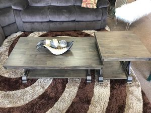 Coffee Table and end table on sale @ elegant furniture 🛋🎈 for Sale in Fresno, CA