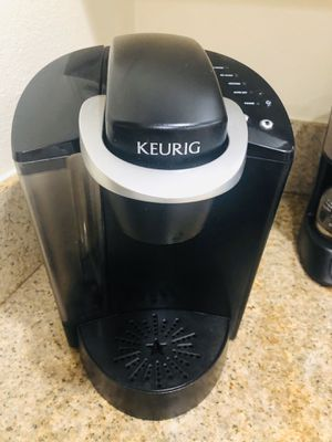 Keurig Coffee Maker & pods for Sale in Redondo Beach, CA