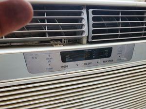 Frigidaire 10000 BTU window air conditioner for Sale in Trenton, NJ