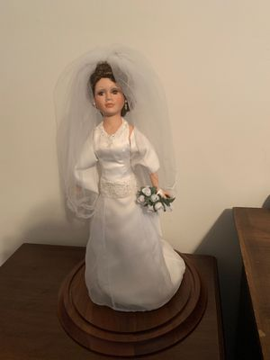 BARDS collectable bride statue for Sale in Staten Island, NY