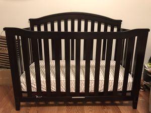 Crib with mattress for Sale in Miami, FL