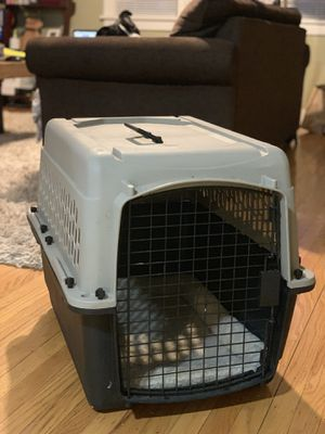 Dog Crate- Medium for Sale in Portland, OR