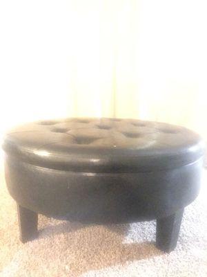 Leather Ottoman for Sale in Dallas, TX