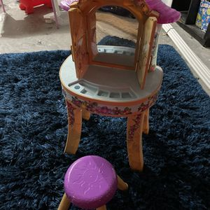 Kids Vanity for Sale in Weston, FL