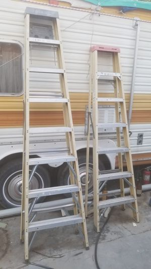 Werner 7' foot fiberglass ladder for Sale in Riverside, CA
