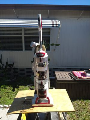 Shark Rotator XL professional Vacuum cleaner for Sale in Largo, FL