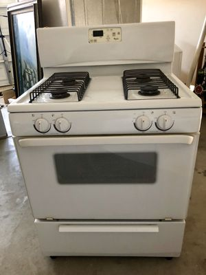 Great Whirlpool Appliances Priced to Sell! Dishwasher, Stove / Range and overhead microwave. for Sale in Riverside, CA