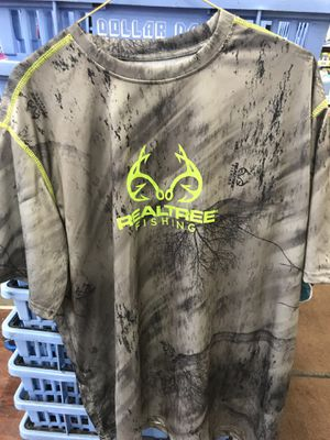 RealTree fishing shirt size L for Sale in Chicago, IL