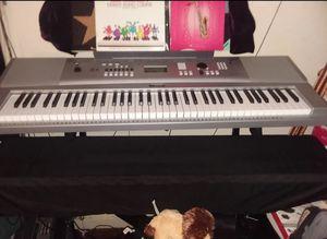 Yamaha DGX-230 77-Keys USB Portable Grand Keyboard for Sale in San Bernardino, CA